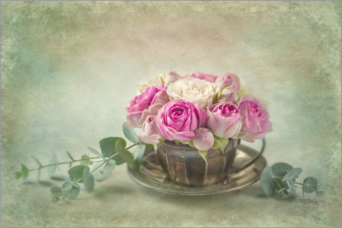 Póster Premium Pink roses in a teacup