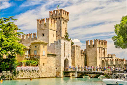 Póster Premium  The Scaliger Castle in Sirmione, Italy