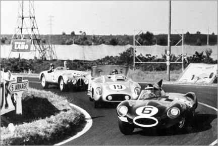 Póster Premium Fangio, Moss and Hawthorn at the Le Mans 24-hour race 1955