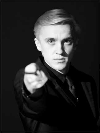 Póster Premium  The Half-Blood Prince - Draco Malfoy wand portrait