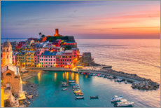 Póster Premium Vernazza in the sunset