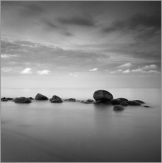 Autocolante decorativo  Stones on the sea beach - black and white - Frank Herrmann