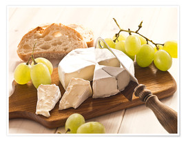 Póster Premium  Cheese and grapes - Edith Albuschat