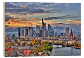 Quadro de madeira  Frankfurt skyline in the evening light - HDR - HADYPHOTO