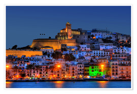 Póster Premium Old town of Ibiza at night