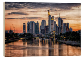 Quadro de madeira  Frankfurt Skyline Sunset Skyscrapers - Frankfurt am Main Sehenswert