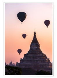 Póster Premium  Temple at sunrise with balloons flying, Bagan, Myanmar - Matteo Colombo