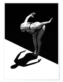 Póster Premium  A woman jumps into the water I - Ben Welsh