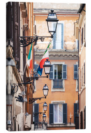 Quadro em tela  Street in the centre of old town with italian flags, Rome, Italy - Matteo Colombo
