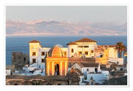 Póster Premium  Strait of Gibraltar and town of Tarifa at sunset, Andalusia, Spain - Matteo Colombo
