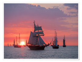 Póster Premium  Sailing ships on the Baltic Sea in the evening - Rico Ködder
