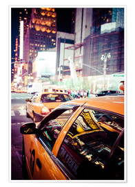 Póster Premium  Yellow Cabs and city lights