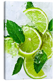 Quadro em tela  lime slices with ice and peppermint leaves