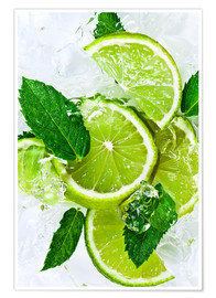 Póster Premium  lime slices with ice and peppermint leaves