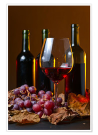Póster Premium  red wine with grapes and vine leaves