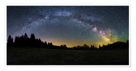 Póster Premium Milky Way arching over the trees