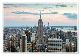 Póster Premium  Manhattan skyline with Empire State building at sunset, New York city, USA - Matteo Colombo