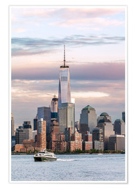 Póster Premium  World trade center and Manhattan skyline at sunset, New York city, USA - Matteo Colombo