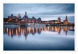 Póster Premium  Dresden old town at the blue hour - Philipp Dase