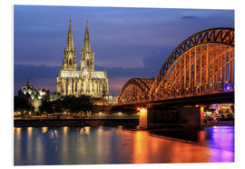 Quadro em PVC  Cologne Cathedral and Hohenzollern Bridge at night - Oliver Henze