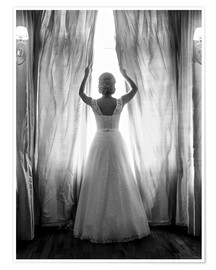 Póster Premium  Elegant bride at big window