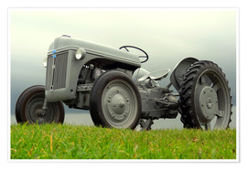 Póster Premium  The Ford 2N tractor
