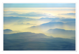 Póster Premium  Mountains in the morning fog in south-east Afghanistan - HADYPHOTO
