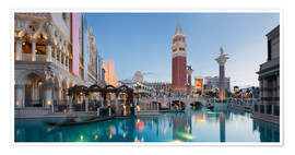 Póster Premium  The Venetian Hotel on South Las Vegas Boulevard - Rainer Mirau