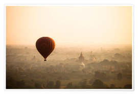 Póster Premium  Aerial view of the balloon over the ancient temples in Myanmar - Harry Marx