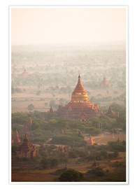 Póster Premium  Aerial view of the ancient temples in Myanmar - Harry Marx