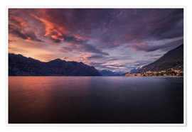 Póster Premium Sunset at Lake Garda with view on Malcesine