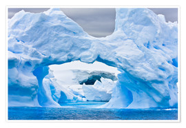 Póster Premium  Large Arctic iceberg with a cavity inside