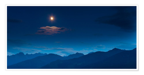 Póster Premium Moon over mountains