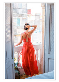 Póster Premium  Young attractive woman in red dress