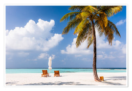Póster Premium  Beach with chairs and umbrella, Maldives - Matteo Colombo