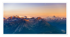 Póster Premium Sunset over rocky mountain peaks, ridges and valleys, the Alps